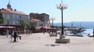 Kroatien, Istrien, Krk, hafen, altstadt, kirche, strand